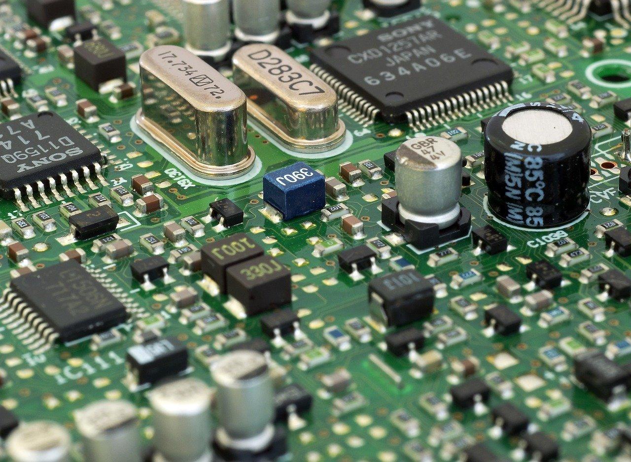 circuit-board-3450410_1280
